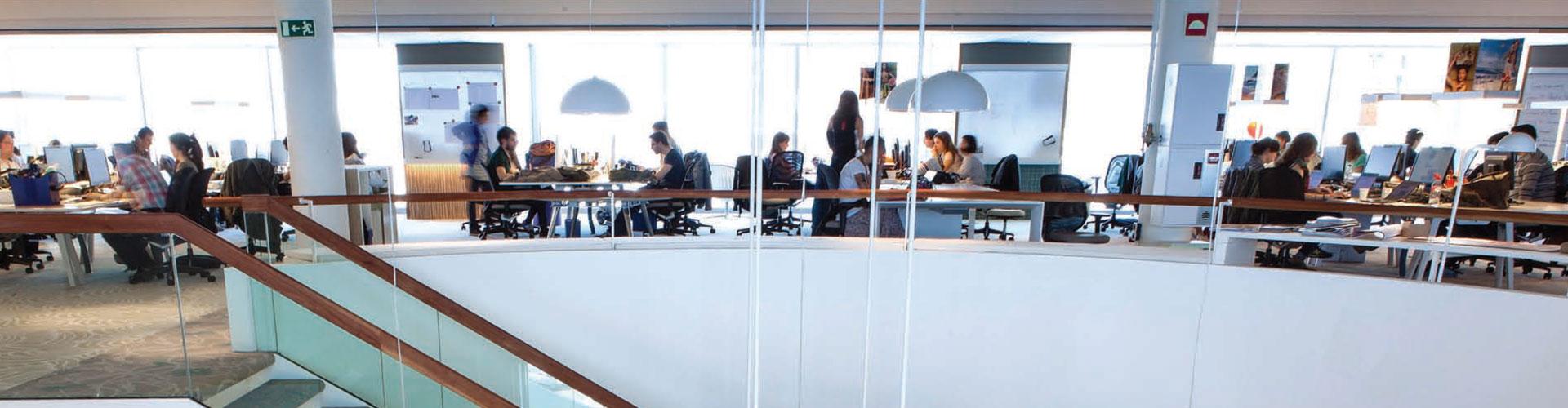 Las oficinas del edificio ocean en barcelona alquiler de oficinas - Oficinas desigual barcelona ...
