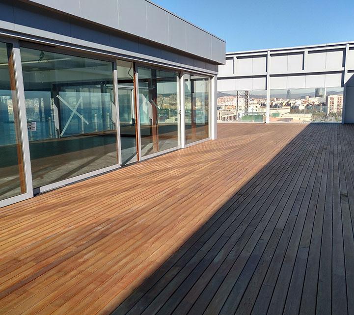 Terraza último piso oficinas ocean